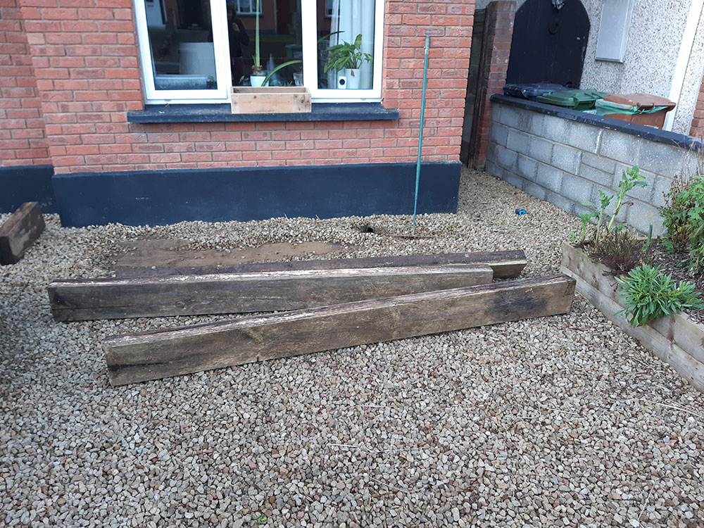 Building a raised bed - sleepers